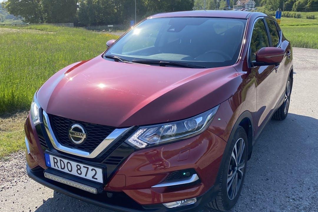Billig biluthyrning av Nissan Qashqai med GPS i närheten av  Kållered.