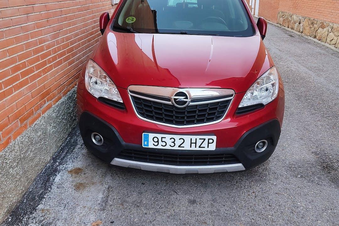 Alquiler barato de Opel Mokka con equipamiento GPS cerca de 28500 Arganda del Rey.