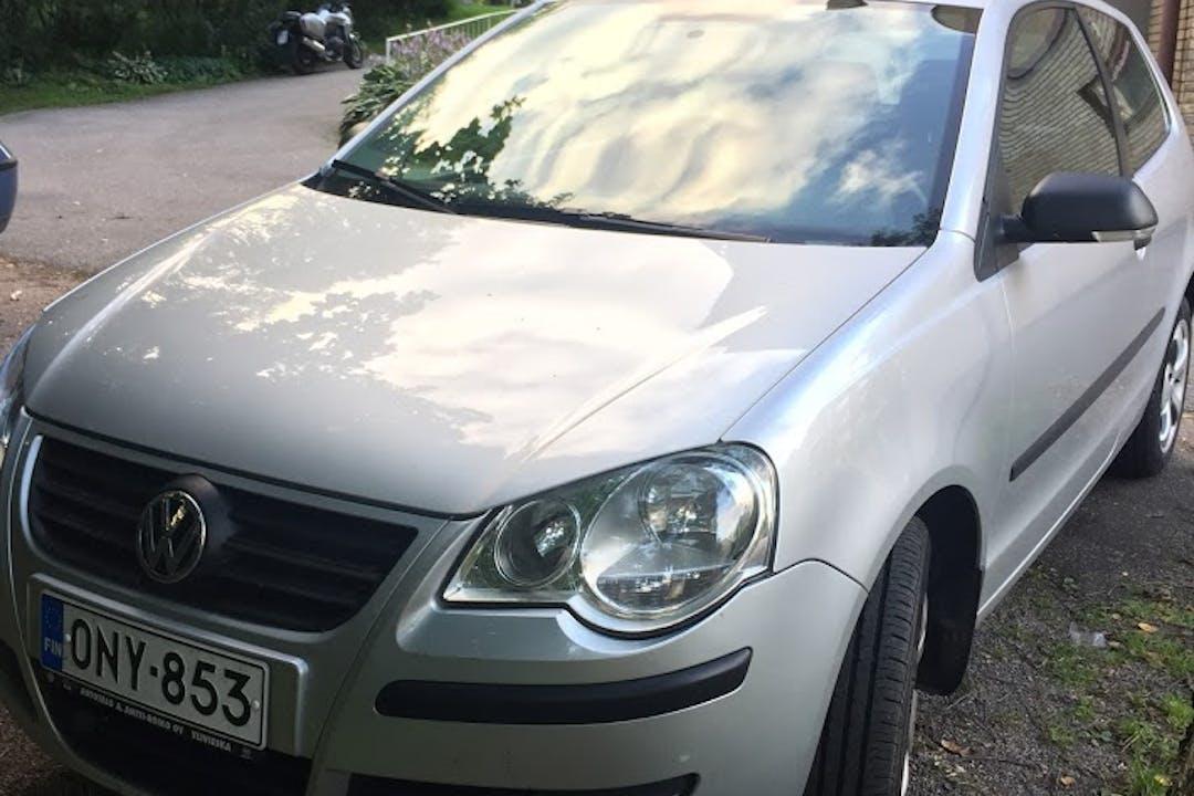 Volkswagen Polon lalpa vuokraus lähellä 00350 Helsinki.