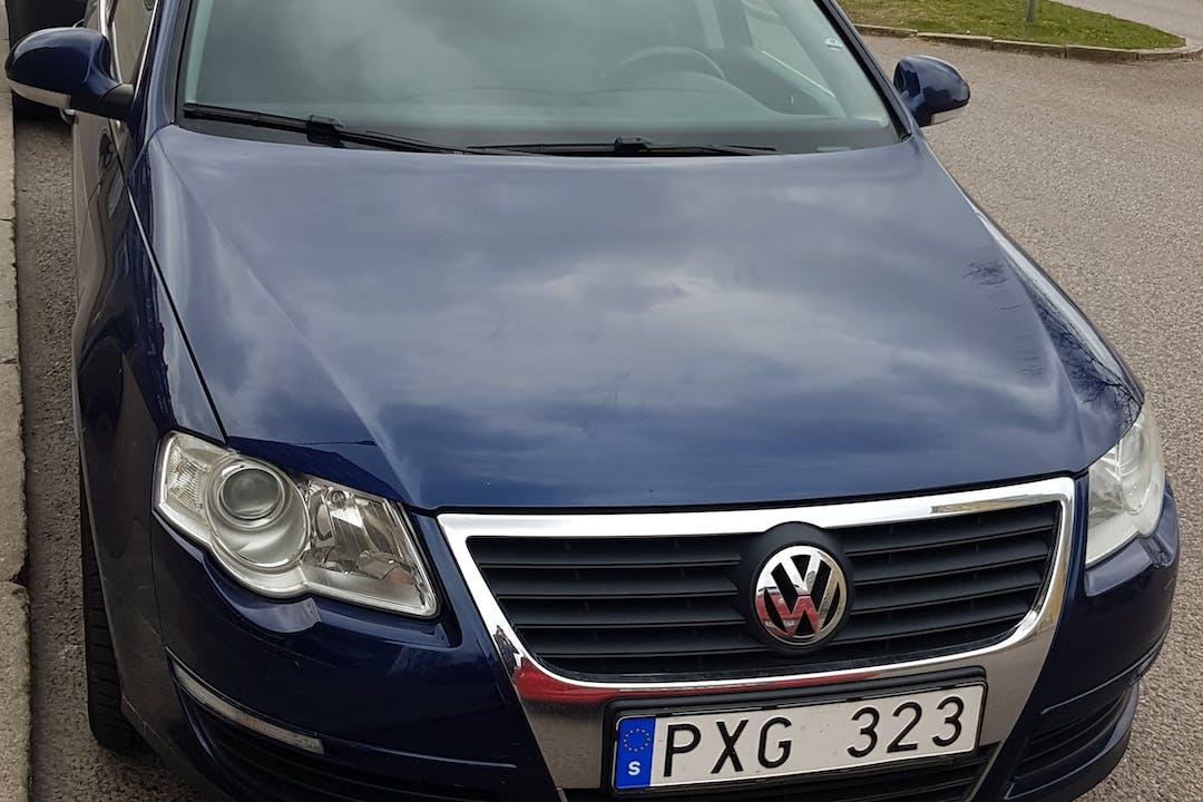 Billig biluthyrning av Volkswagen Passat i närheten av 252 27 .