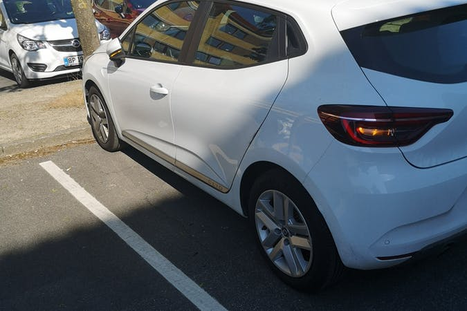 Billig billeje af Renault Clio nær 8270 Højbjerg.