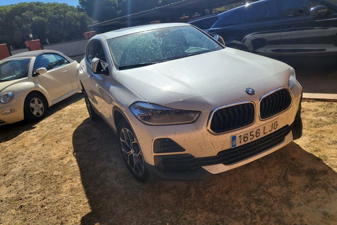 Alquiler barato de BMW X2 con equipamiento GPS cerca de 11139 Chiclana de la Frontera.