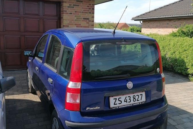 Billig billeje af Fiat Panda nær 7400 Herning.