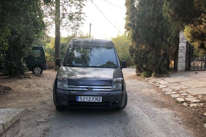 Alquiler barato de Ford Tourneo Connect cerca de 08030 Barcelona.