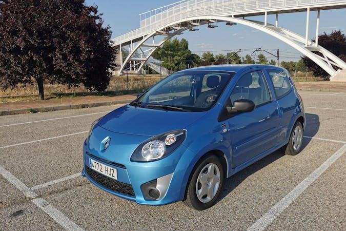 Alquiler barato de Renault Twingo cerca de 28022 Madrid.