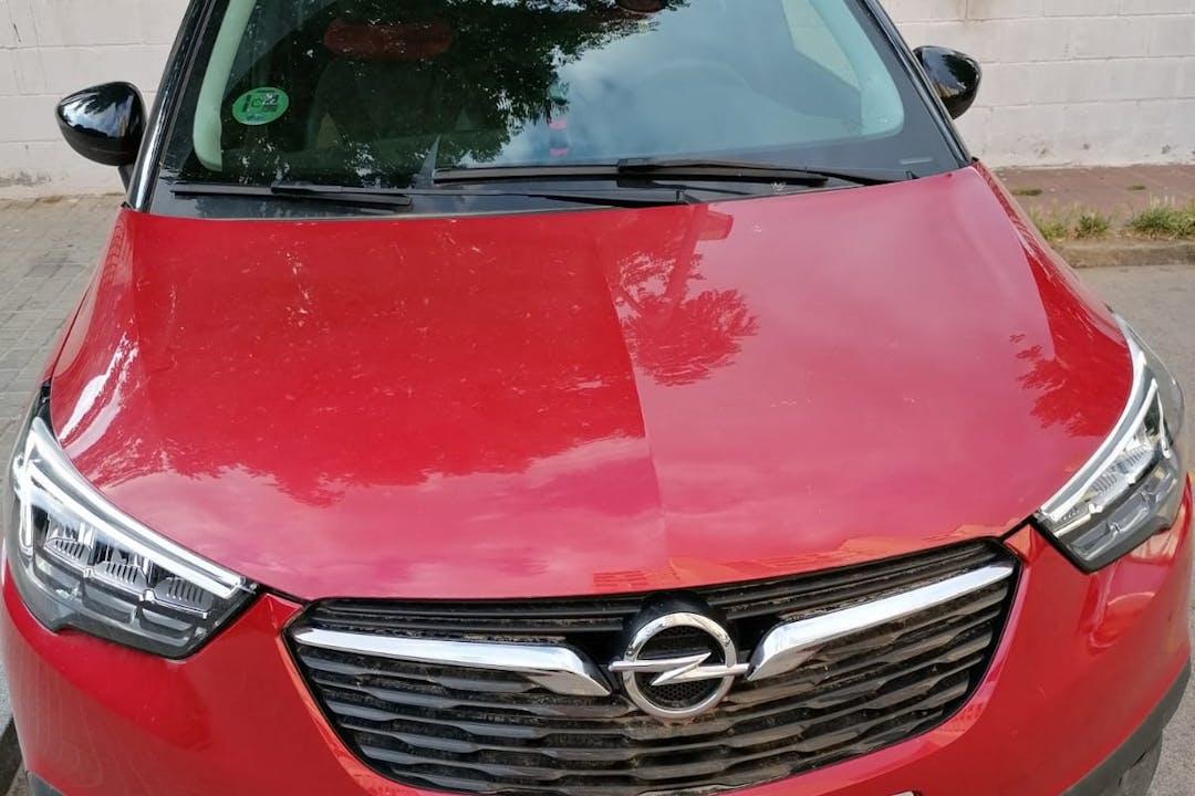 Alquiler barato de Opel Crossland X con equipamiento GPS cerca de 08907 L'Hospitalet de Llobregat.