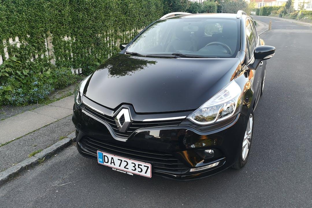 Billig billeje af Renault Clio SW nær 2400 København.
