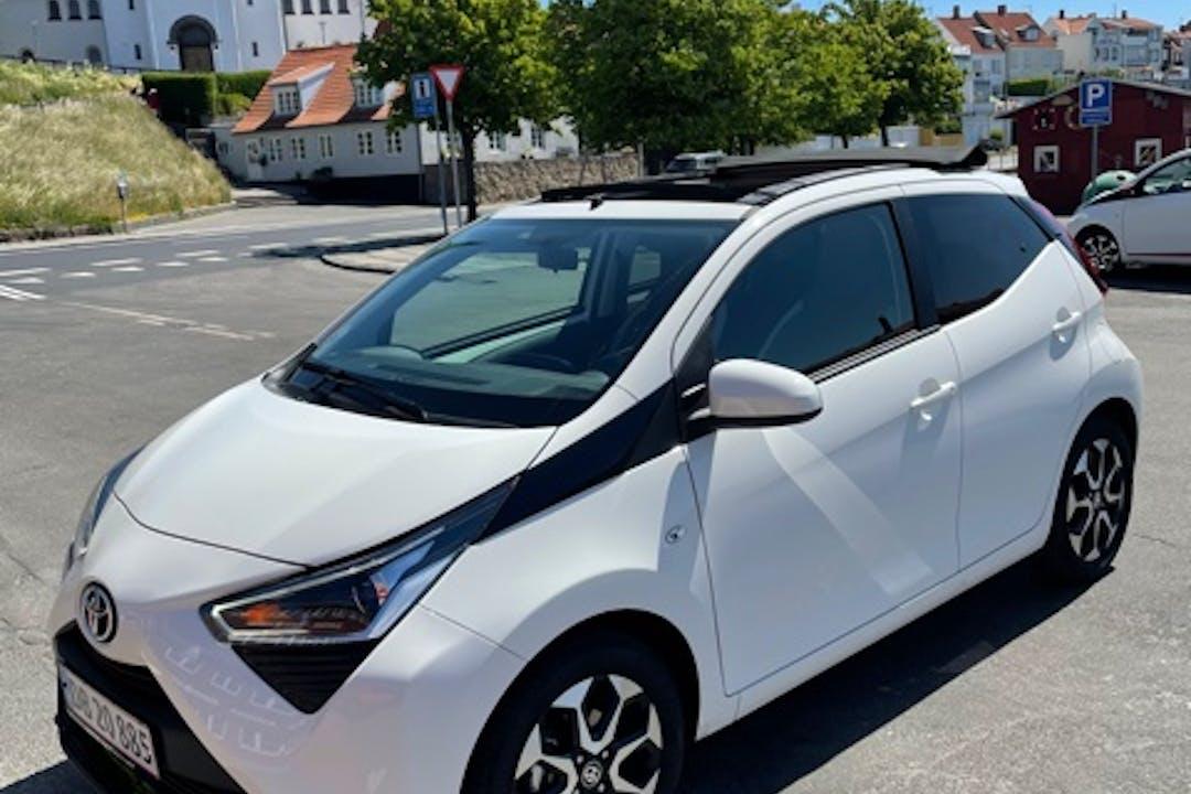 Billig billeje af Toyota AYGO nær 3700 Rønne.