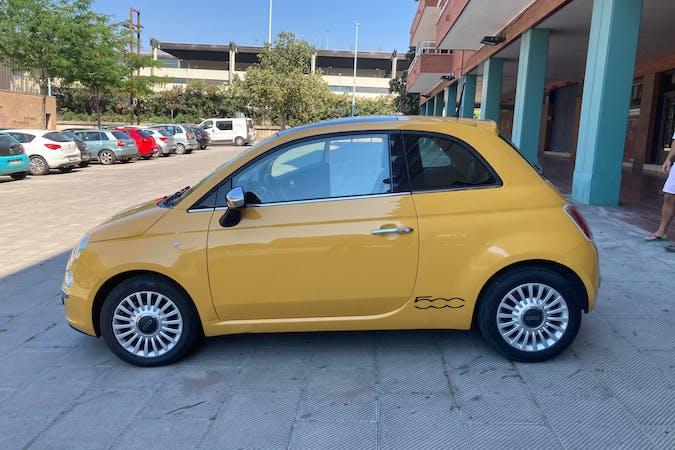 Alquiler barato de Fiat 500 con equipamiento Fijaciones Isofix cerca de 08014 Barcelona.