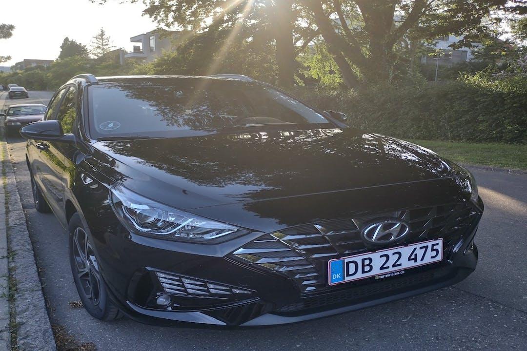 Billig billeje af Hyundai i30 med Isofix beslag nær 6000 Kolding.