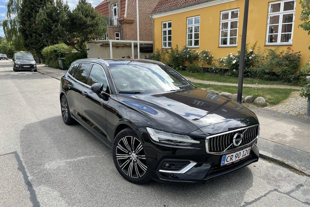 Billig billeje af Volvo V60 med GPS nær 2500 København.