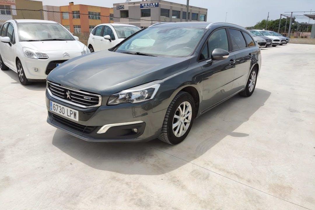 Alquiler barato de Peugeot 508 cerca de 03183 Torrevieja.