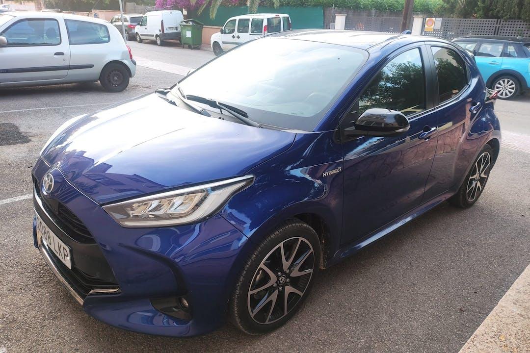 Alquiler barato de Toyota Yaris con equipamiento Bluetooth cerca de 07670 Portocolom.