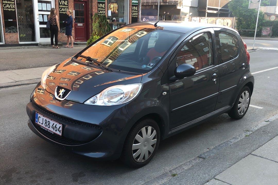 Billig billeje af Peugeot 107 nær 2720 København.