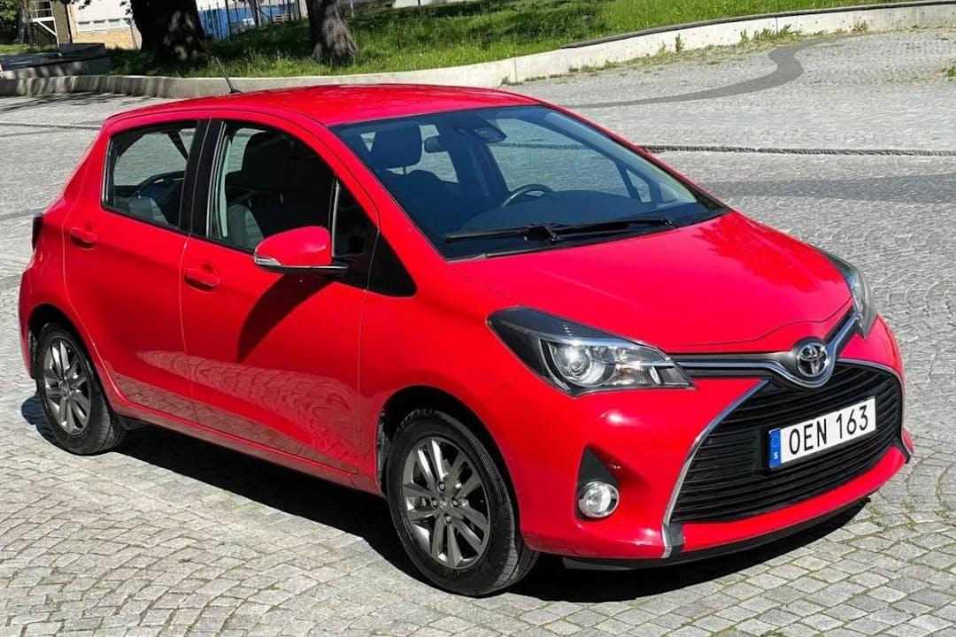 Billig biluthyrning av Toyota Yaris med Bluetooth i närheten av 118 46 Södermalm.