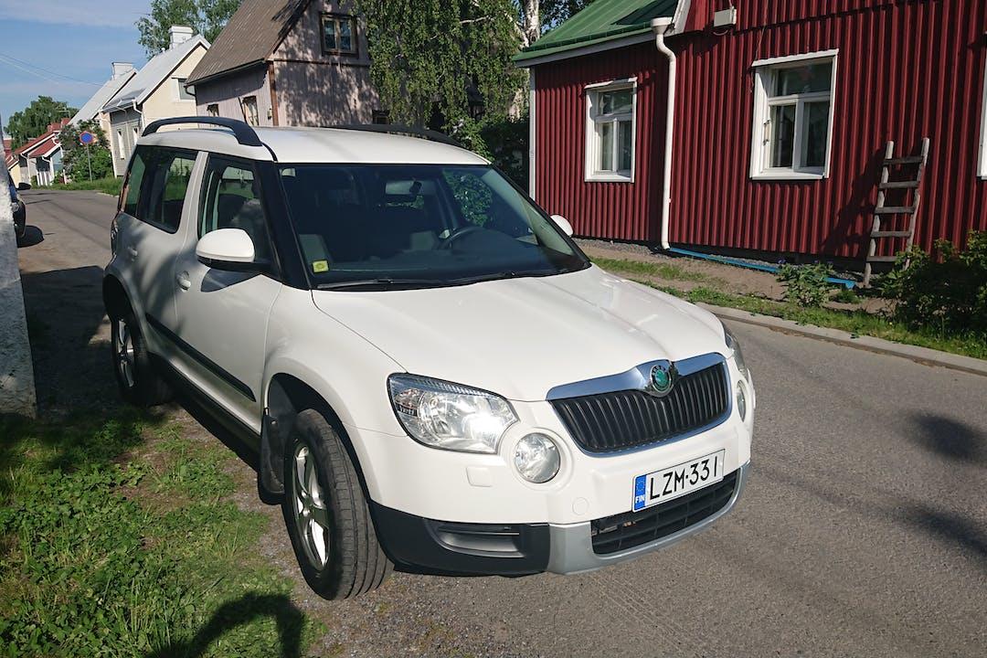 Skoda Yetin halpa vuokraus Isofix-kiinnikkeetn kanssa lähellä 20540 Turku.