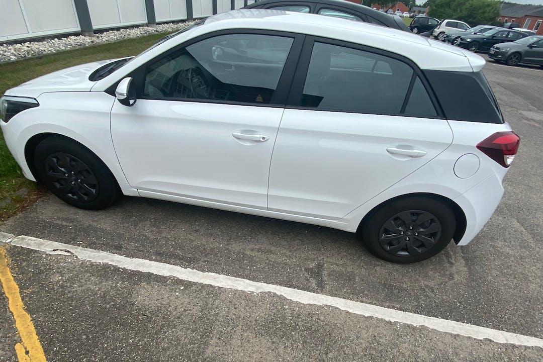 Billig billeje af Hyundai i20 nær 8220 Brabrand.