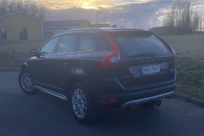 Volvo XC60n halpa vuokraus Vetokoukkun kanssa lähellä 02450 Masala.