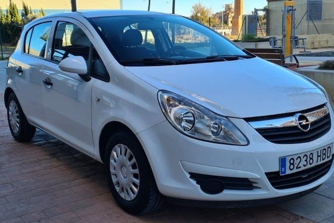 Alquiler barato de Opel Corsa cerca de  València.