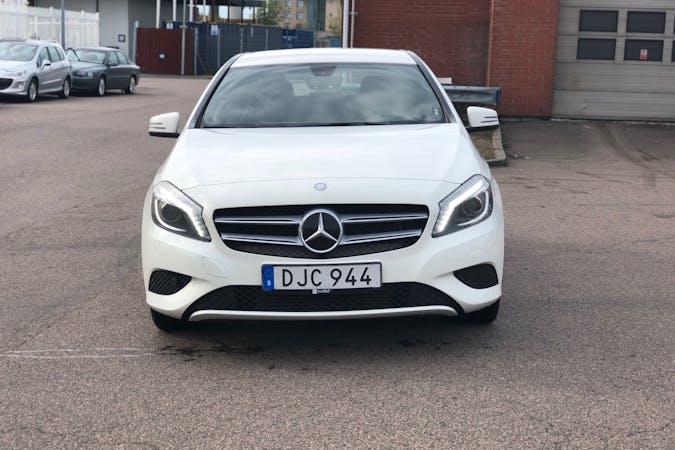 Billig biluthyrning av Mercedes A-Class med Bluetooth i närheten av 254 41 .