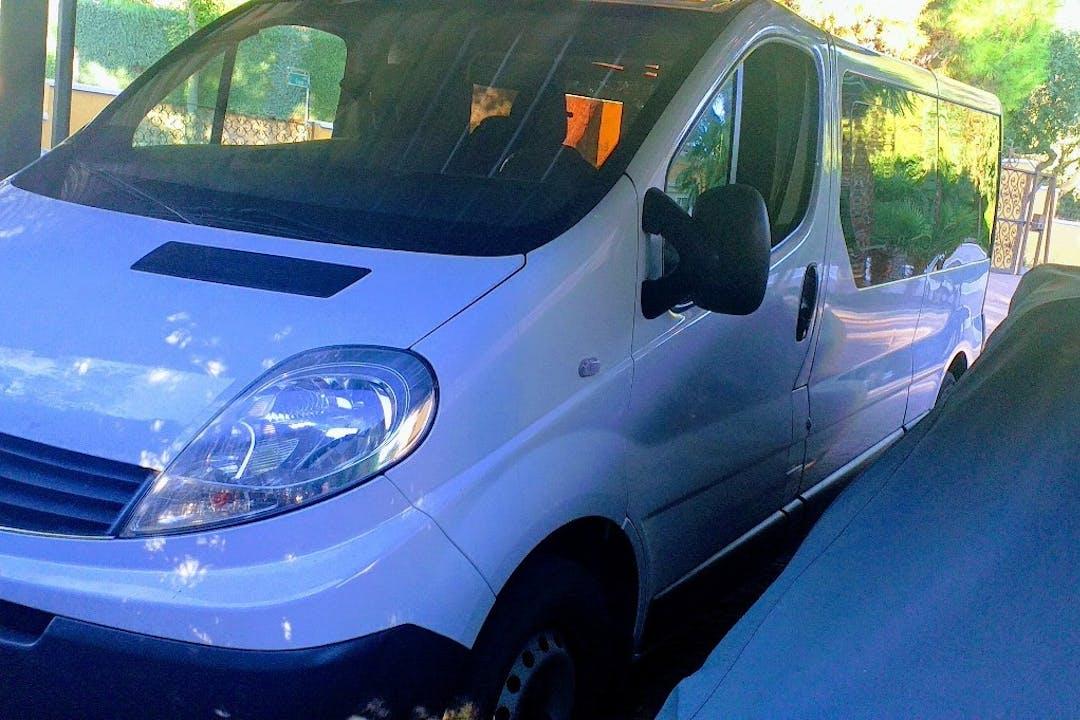 Alquiler barato de Renault Trafic cerca de 28670 Villaviciosa de Odón.