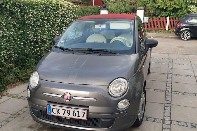 Billig billeje af Fiat 500C nær 2770 Kastrup.