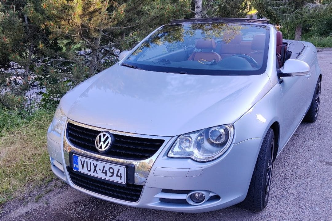 Volkswagen EOSn lalpa vuokraus lähellä 21490 Marttila.