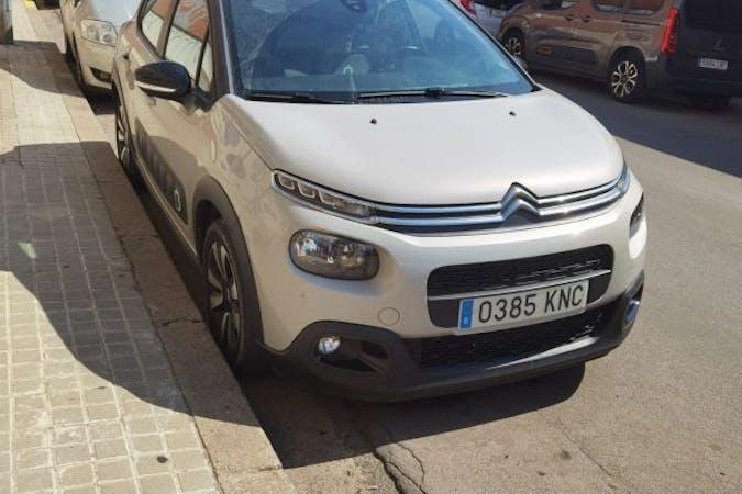 Alquiler barato de Citroën C3 con equipamiento GPS cerca de 08204 Sabadell.