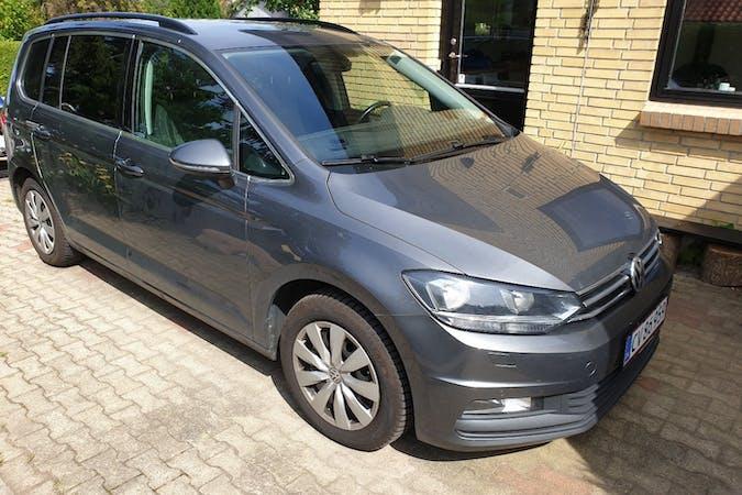 Billig billeje af Volkswagen Touran nær 8660 Skanderborg.
