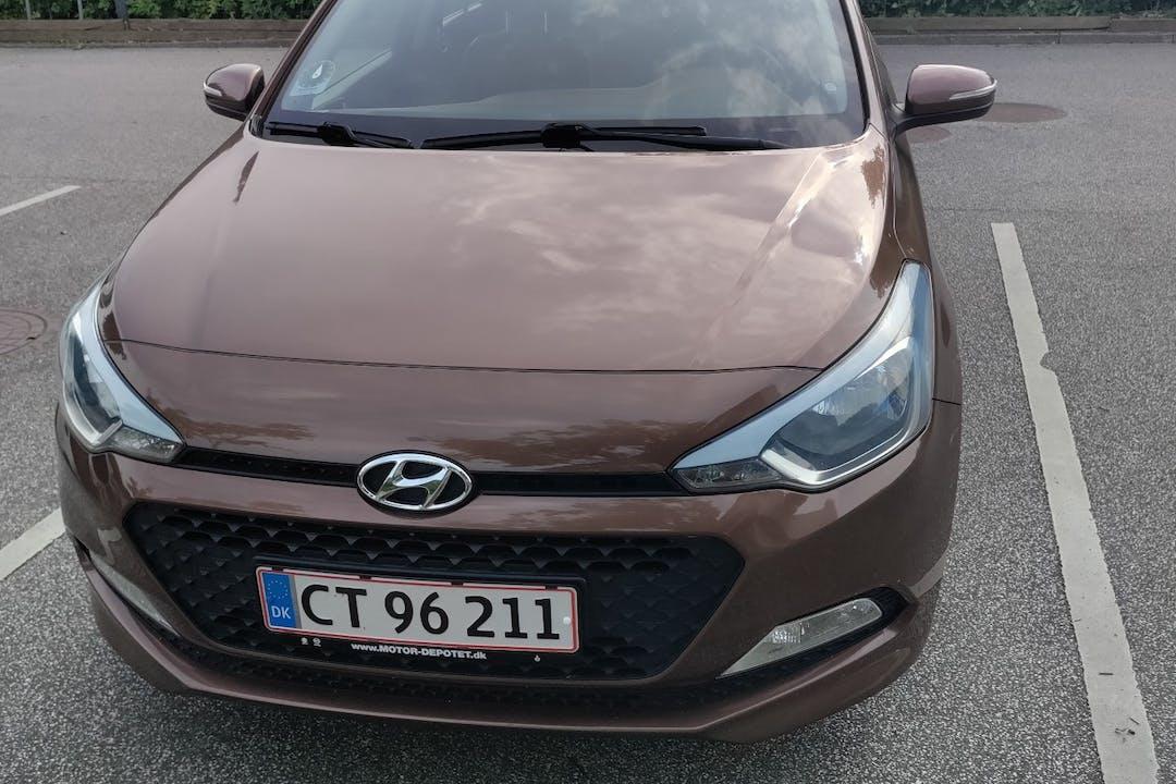 Billig billeje af Hyundai i20 nær 8230 Aarhus.