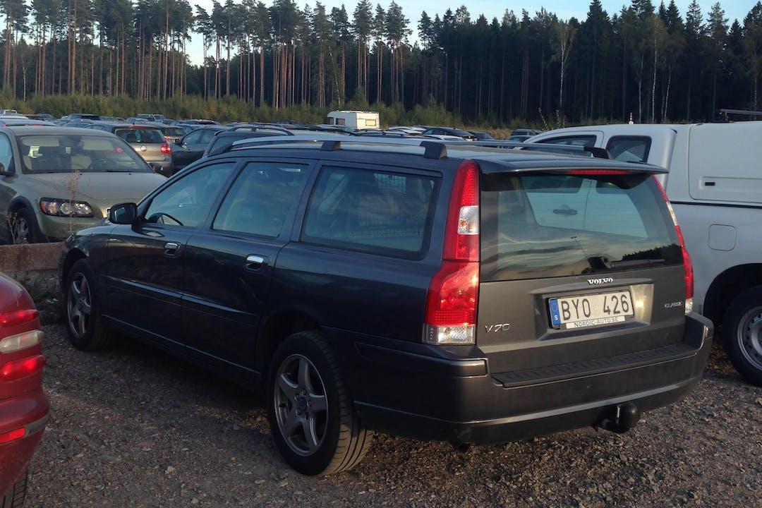 Billig biluthyrning av Volvo V70 i närheten av  Kungsholmen.