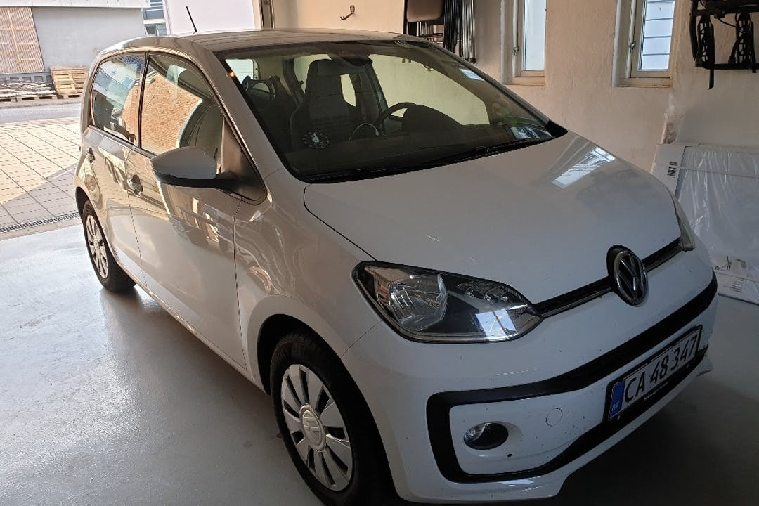 Billig billeje af Volkswagen UP! nær 6920 Videbæk.