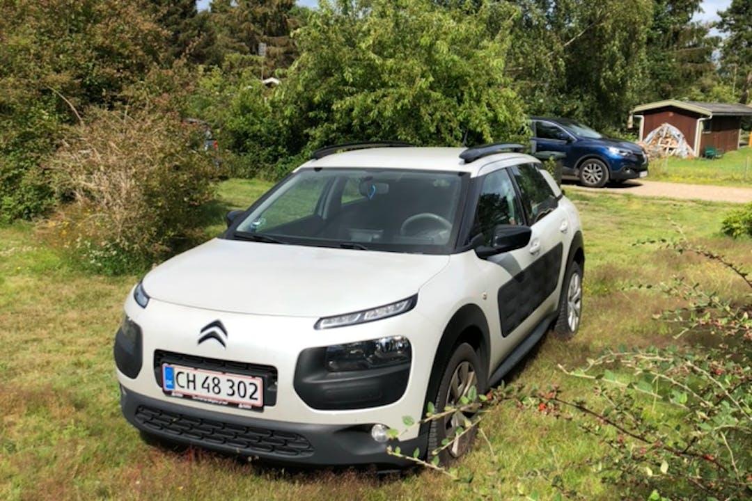 Billig billeje af Citroën C4 Cactus nær 2650 Hvidovre.