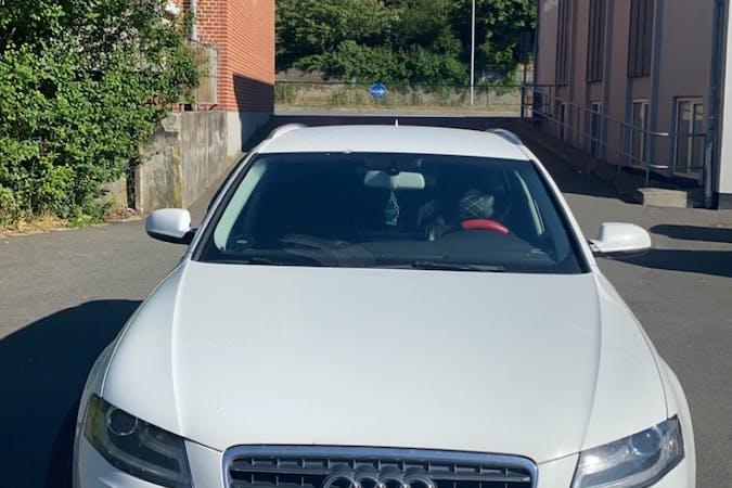 Billig billeje af Audi A4 med GPS nær 8210 Aarhus.