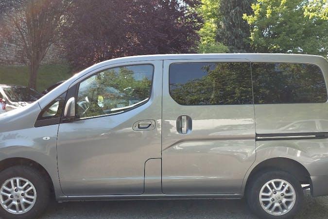 Alquiler barato de Nissan NV200 cerca de 20012 Donostia.