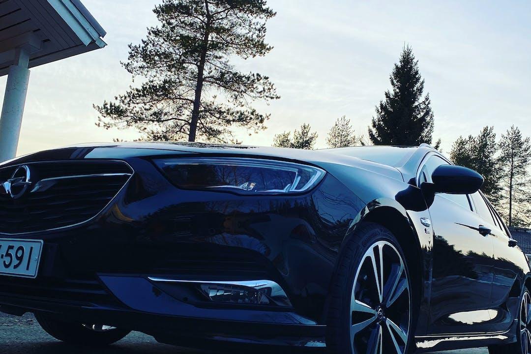 Opel Insignian halpa vuokraus GPSn kanssa lähellä 90550 Oulu.