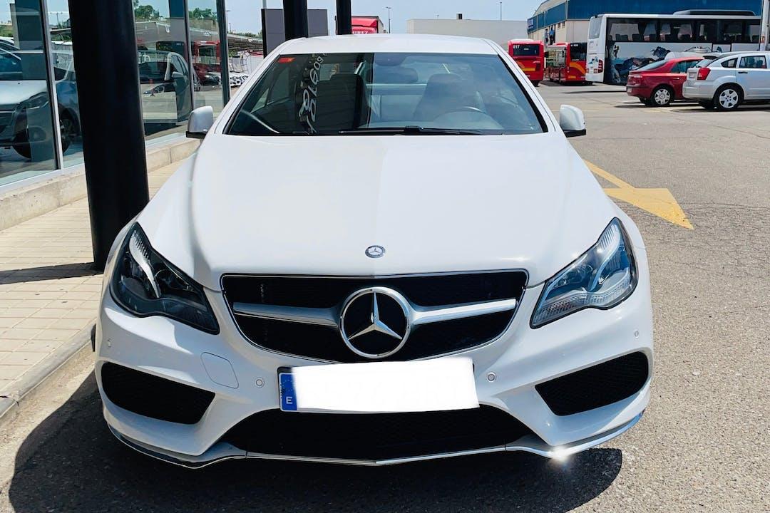 Alquiler barato de Mercedes E-Class con equipamiento GPS cerca de 28012 Madrid.