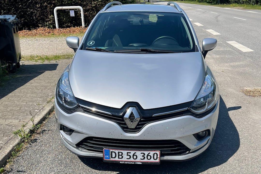 Billig billeje af Renault Clio SW nær 6715 Esbjerg.