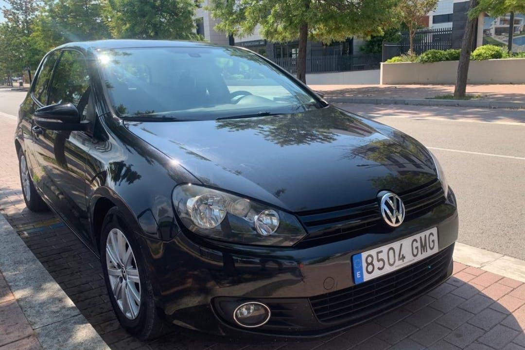Alquiler barato de Volkswagen Golf cerca de 08870 Sitges.