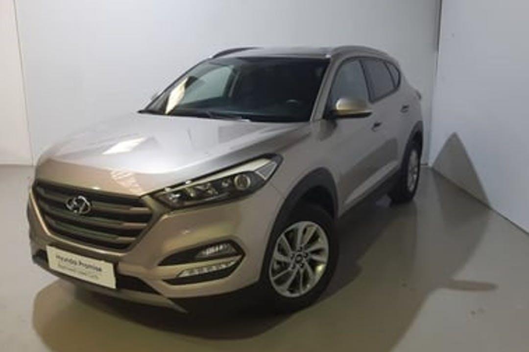 Alquiler barato de Hyundai Tucson cerca de 28044 Madrid.
