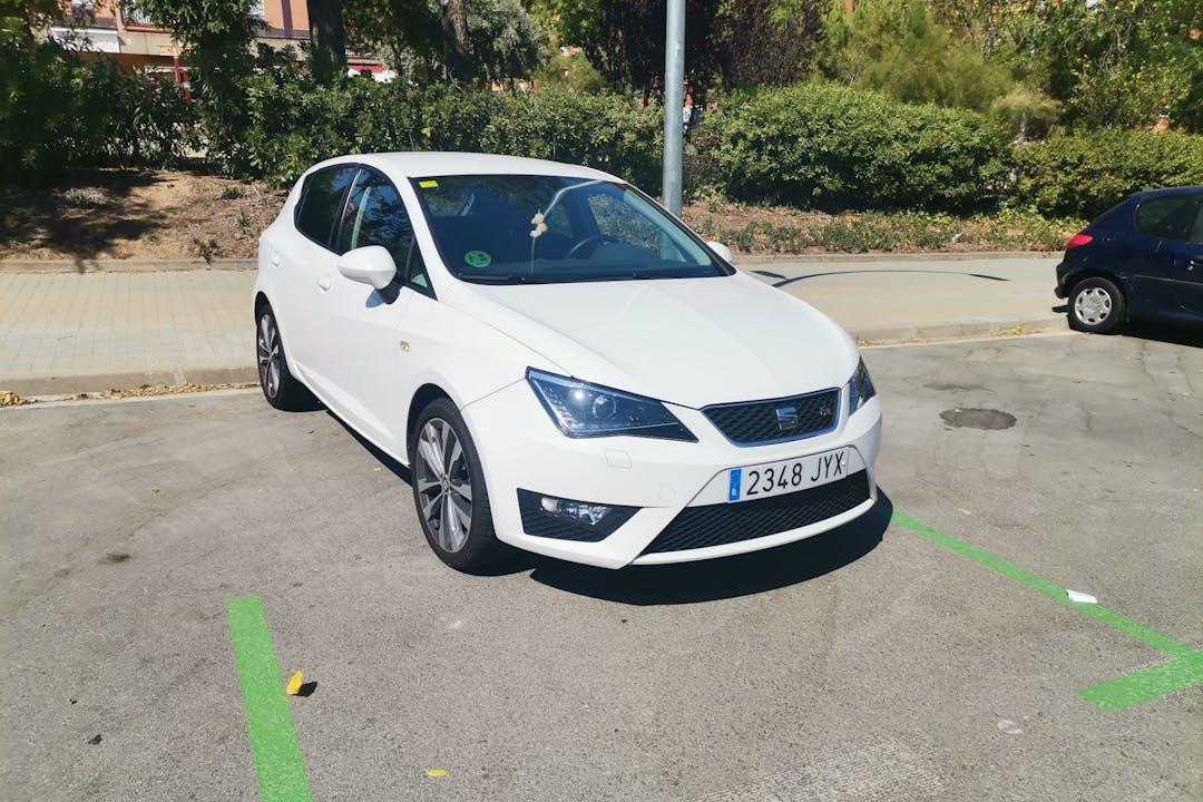 Alquiler barato de Seat Ibiza cerca de 08035 Barcelona.