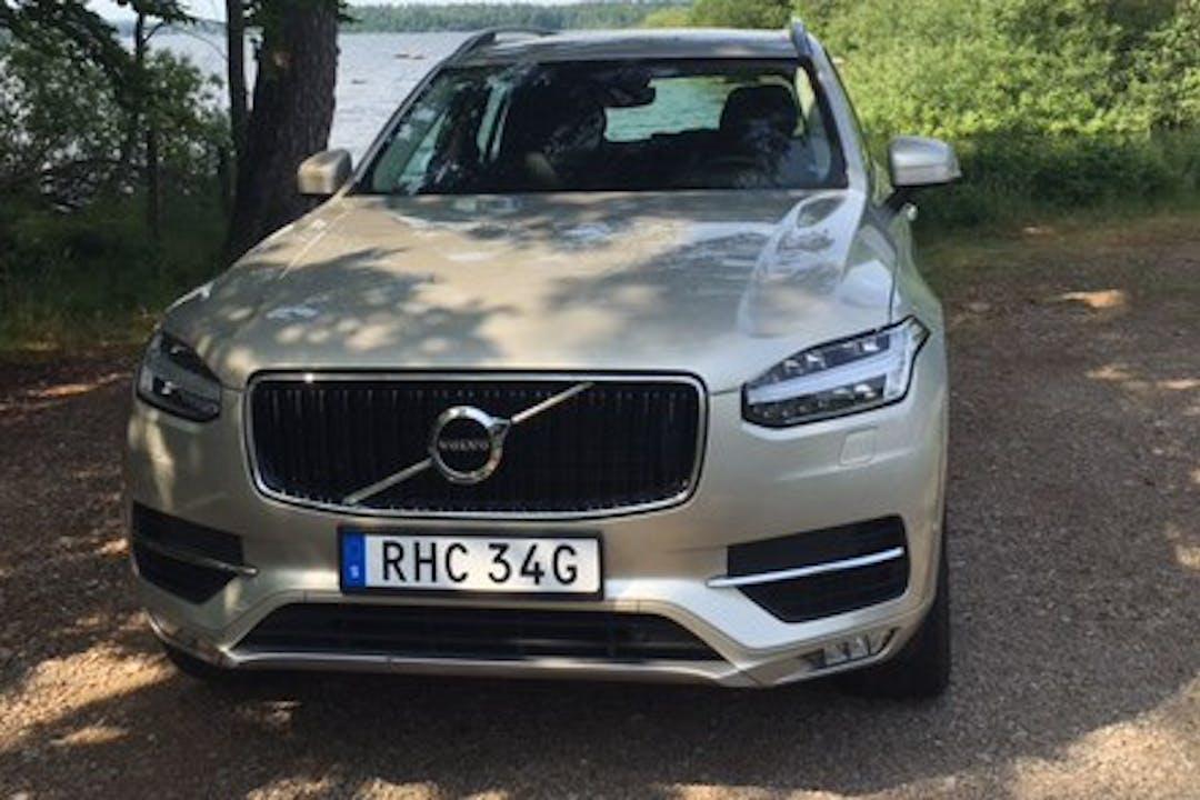 Billig biluthyrning av Volvo XC90 med GPS i närheten av  Nacka.