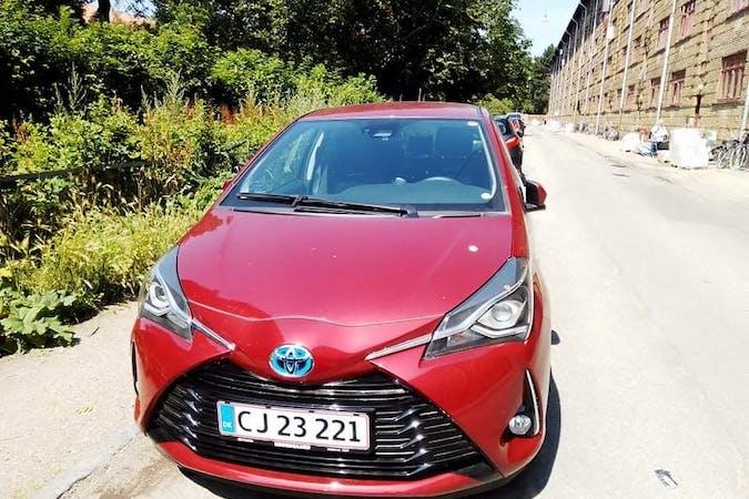 Billig billeje af Toyota Yaris nær 2400 København.