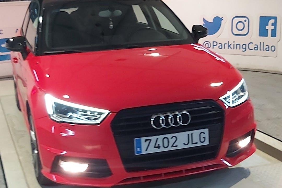 Alquiler barato de Audi A1 con equipamiento Bluetooth cerca de 25002 Lleida.