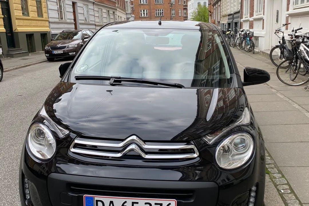 Billig billeje af Citroën C1 med Bluetooth nær 8000 Aarhus.