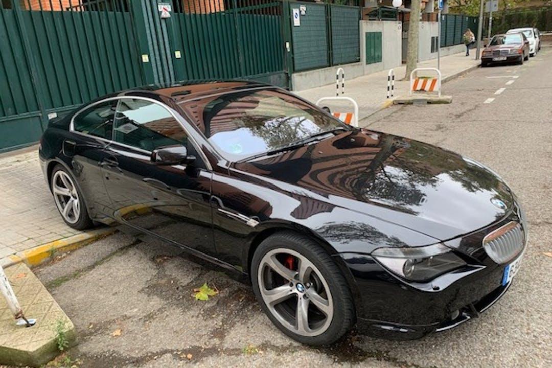 Alquiler barato de BMW 6 Series con equipamiento GPS cerca de 28002 Madrid.