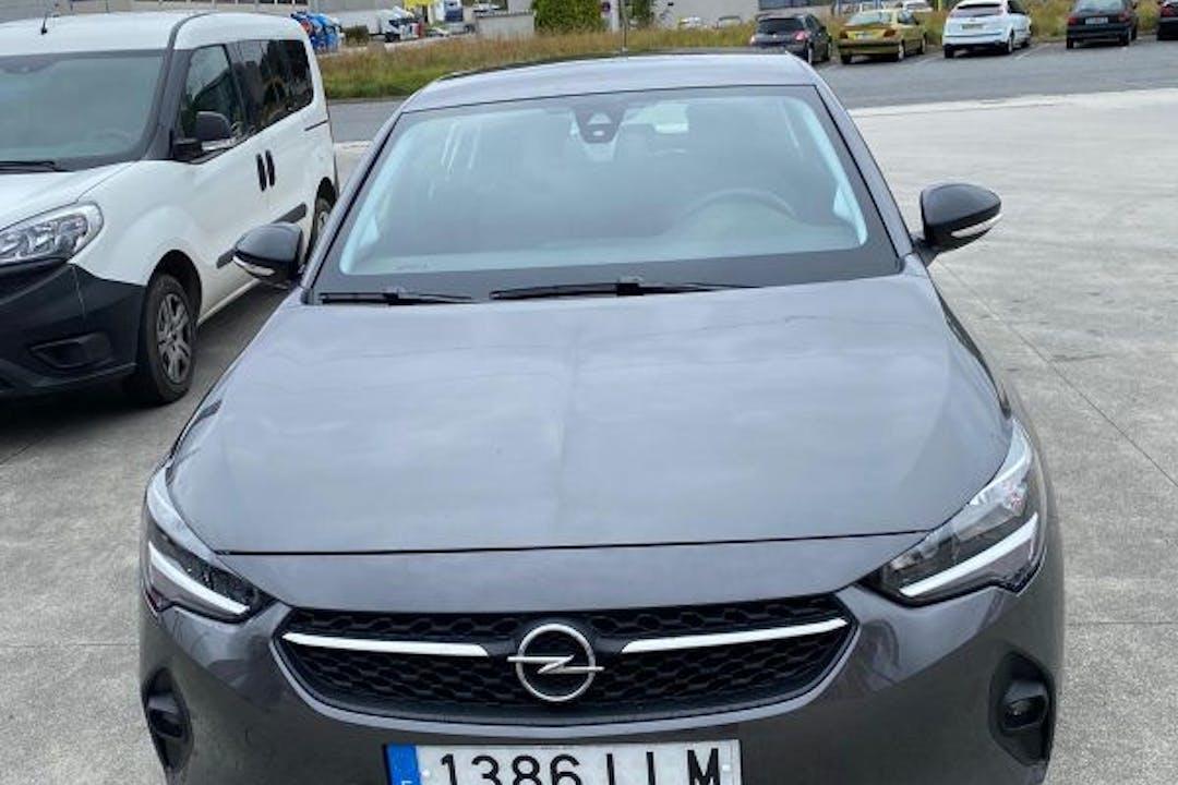Alquiler barato de Opel Corsa cerca de 15007 A Coruña.