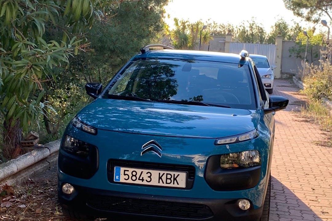 Alquiler barato de Citroën Berlingo con equipamiento Fijaciones Isofix cerca de 50017 Zaragoza.