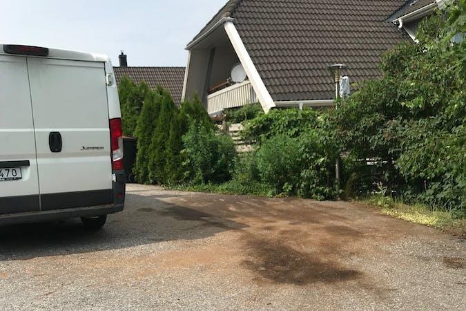 Billig biluthyrning av Citroën Jumper i närheten av  .