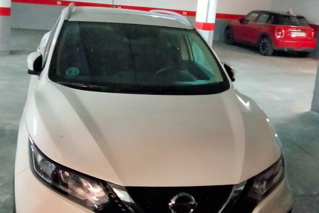 Alquiler barato de Nissan Qashqai+2 cerca de 03182 Torrevieja.